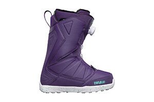 Top 10 Best Snowboarding Boots for Women of 2018 Review