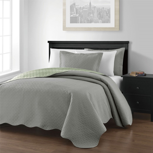 "Chezmoi Collection Mesa 3-piece Oversized (118""x106"") Reversible Bedspread Coverlet Set"