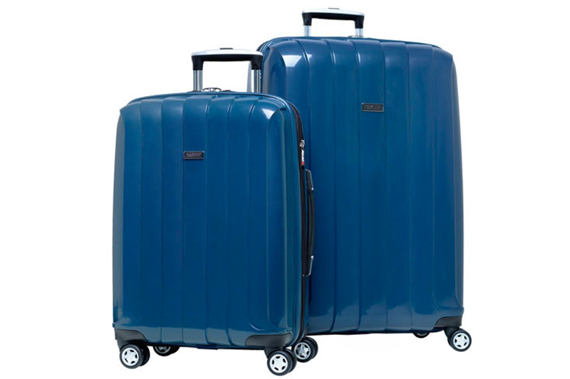 Ricardo the Beverly Hills Greenfield, a 2-Piece 4 Wheel Luggage Set