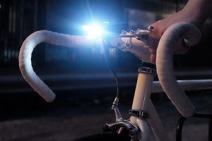 Top 10 Best Bike Lights for Night Riding in 2018 Reviews