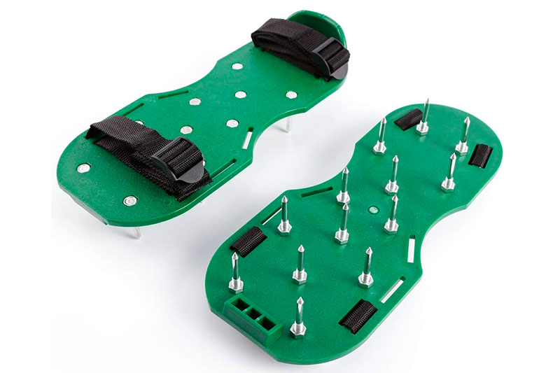 Lawn Aerator Sandals Heavy Duty Spiked Metal Quickly Open Up Soil Grass Gardening Yard Outdoor